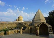 Baku Shirvanshahs Complex am Hof stockfotos