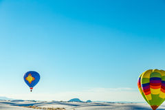 Balão branco 2016 com convite das areias Imagens de Stock Royalty Free