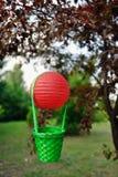 Balão com uma cesta Imagem de Stock