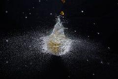 Balão de água de explosão imagem de stock