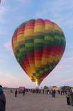 Balão de ar quente apenas ligado foto de stock