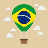 Balão de ar quente com bandeira de Brasil ilustração do vetor