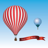 Balão de ar quente com mensagem Imagens de Stock