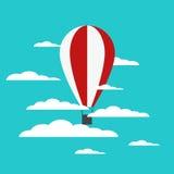 Balão de ar quente do vetor com nuvens Foto de Stock Royalty Free