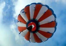 Balão de ar quente no vôo Fotografia de Stock