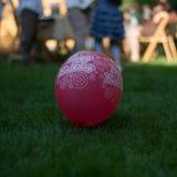 Balão do rosa do feliz aniversario Imagens de Stock Royalty Free