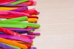 Balão que torce o fundo Balões multi-coloridos longos Fotografia de Stock Royalty Free