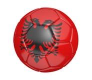 Balón de fútbol aislado, o fútbol, con la bandera de país de Albania Imagen de archivo