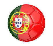 Balón de fútbol aislado, o fútbol, con la bandera de país de Portugal Foto de archivo