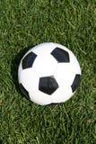 Balón de fútbol - balompié Imagen de archivo libre de regalías