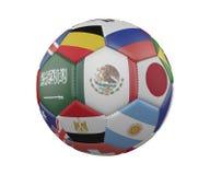 Balón de fútbol con las banderas aisladas en el fondo blanco, México en el centro, representación 3d ilustración del vector
