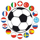 Balón de fútbol con los indicadores Imagen de archivo