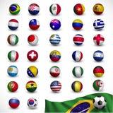 Balón de fútbol (fútbol) con la bandera el Brasil 2014, torneo del fútbol Imagen de archivo libre de regalías