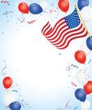 Balões brancos e azuis vermelhos com bandeira americana Imagens de Stock