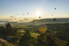Balões de ar quente em Cappadocia, em maio de 2017 Foto de Stock Royalty Free