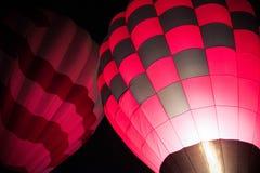 Balões de ar quente que enchem-se com o ar quente Imagens de Stock