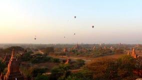 Balões de ar quente sobre Bagan 1 vídeos de arquivo