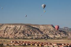 Balões em Cappadocia Fotografia de Stock Royalty Free