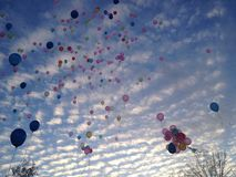 Balões no vôo fotos de stock royalty free