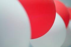 Balões vermelhos e brancos Fotos de Stock Royalty Free