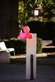 Balões vermelhos na coluna Foto de Stock Royalty Free