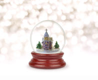 Bal de la nieve de la Navidad o globo de cristal Fotos de archivo