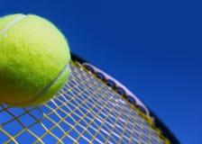 Bal en racket royalty-vrije stock foto