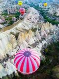 Bal?o de ar quente em Cappadocia imagens de stock