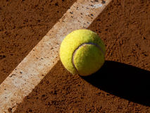 bal-tennis Royaltyfria Bilder