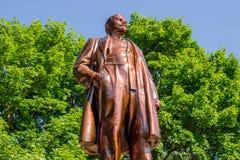 Balabanovo, Rússia - em agosto de 2018: Monumento renovado a Vladimir Lenin foto de stock
