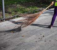 Balai démodé de branche d'arbre Photo stock