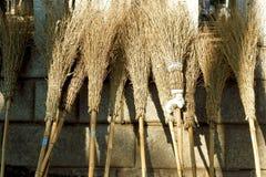 Balai en bambou Photos libres de droits