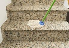 escaliers de nettoyage illustration de vecteur illustration du escaliers 40839196. Black Bedroom Furniture Sets. Home Design Ideas