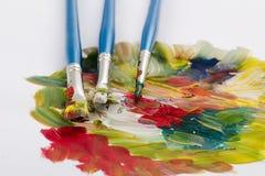 Balais et peintures images libres de droits