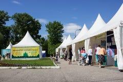 In Balakhna, in Rusland, begint een Orthodoxe tentoonstelling-markt Royalty-vrije Stock Fotografie