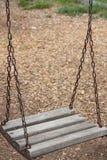 Balanço de madeira Fotografia de Stock Royalty Free