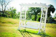 Balanço romântico do banco Fotos de Stock Royalty Free