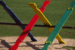 Balançoirs brillamment colorées. Photographie stock libre de droits