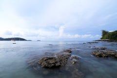 Balance e acene no senador praia Phuket do Ao Fotos de Stock Royalty Free