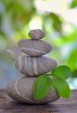 Balanced pebbles isolated Royalty Free Stock Photos