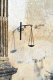 Balancenikone von Gerechtigkeit Stockbilder