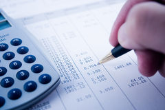 Balancieren der Rechnungen Stockbilder