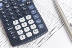 Balancieren der Rechnungen Stockfotos