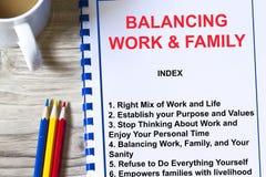 Balancierende Arbeit und Familienkonzept Lizenzfreie Stockfotos