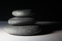 Balancing dark Stones Royalty Free Stock Photos