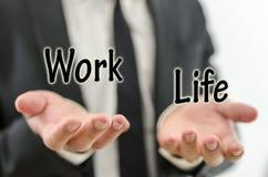 Balansera arbete och privat liv royaltyfri bild
