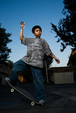 balansera skateboard Arkivbilder