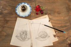 Balanza: corazón o cerebro Foto de archivo libre de regalías