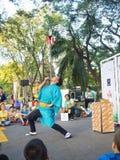 Balanza de ejecutante en la demostración 2014 de la calle de Bangkok Fotos de archivo libres de regalías