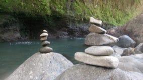 Balanza de la roca foto de archivo libre de regalías